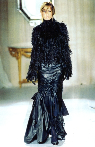 Givenchy Haute Couture A/W 01/02
