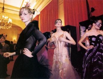 Christian Lacroix Haute Couture S/S 97